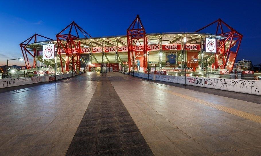 Olympiakos stadion Karaiskaki i piræus i athen