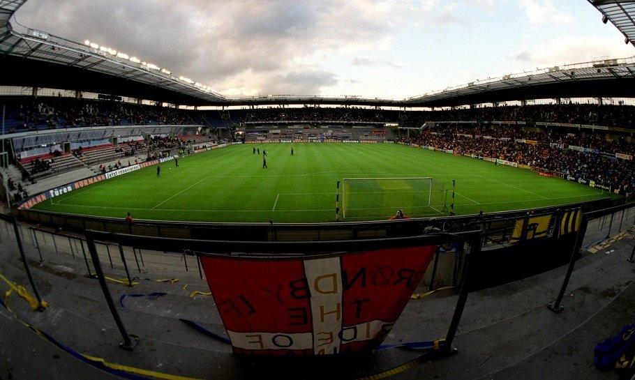 faxe tribunen på brøndby stadion