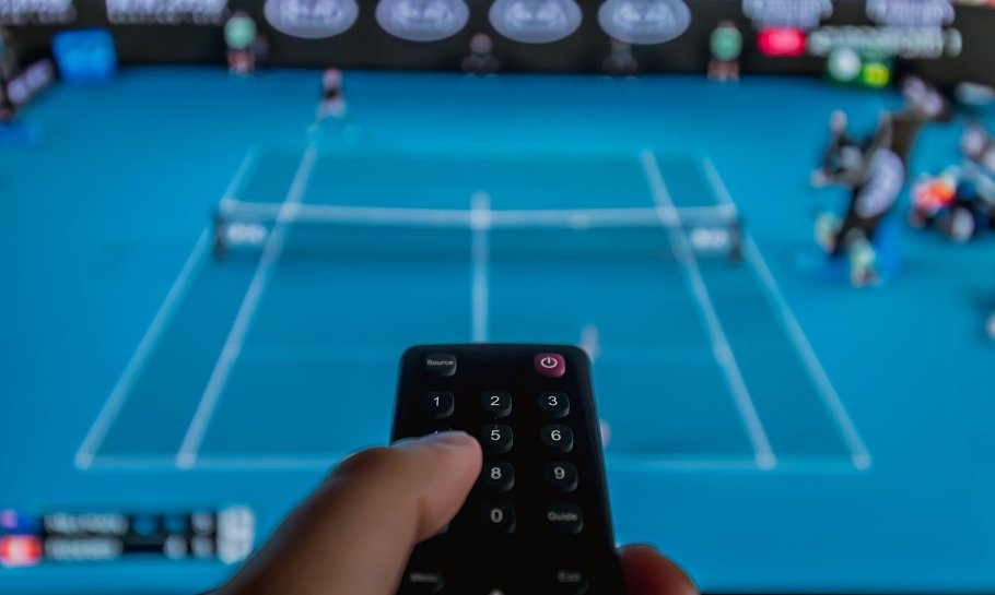 se tennis online live stream og TV